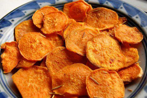 Солодкі картопляні чіпси