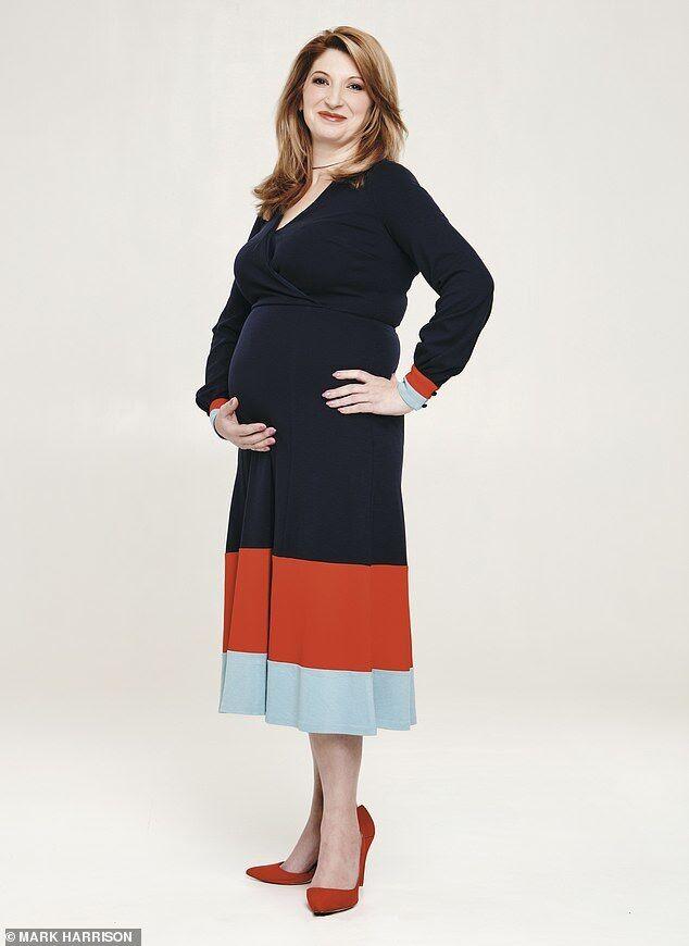 37-летняя Елена Учаренко вынашивает ребенка для британцев. Ранее она родила близнецов для итальянской пары