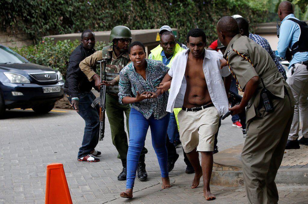 У Кенії прогриміли смертельні вибухи в готелі