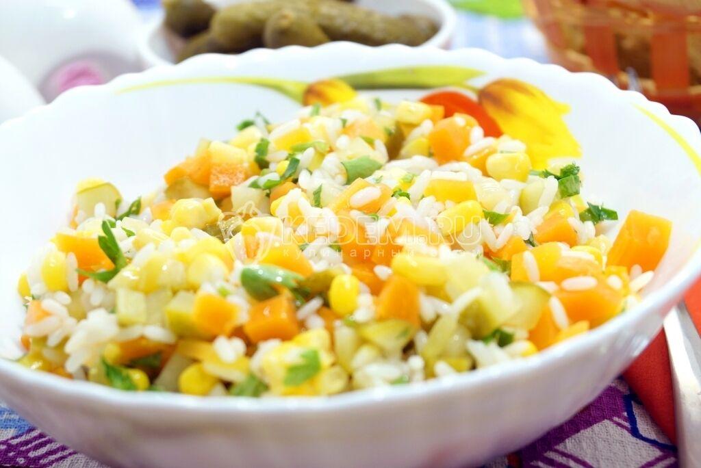 Салат із рисом