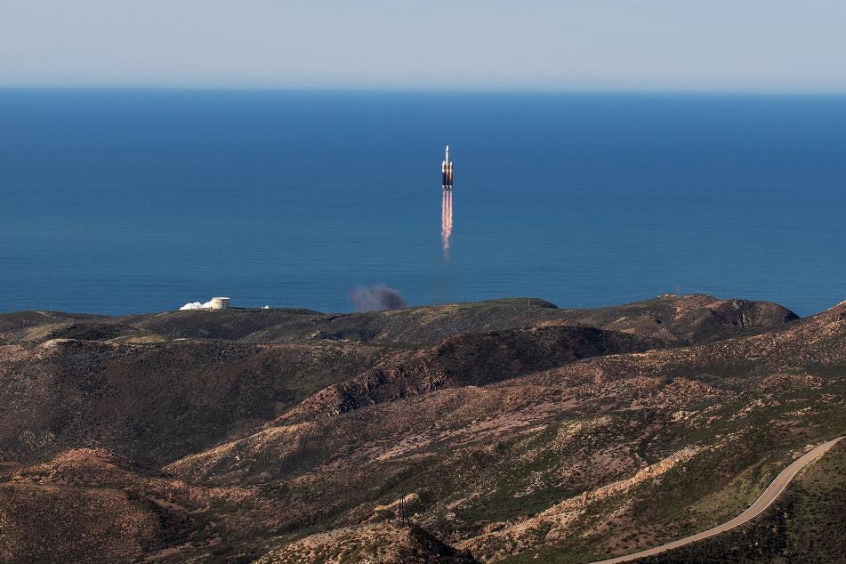 США вывели на орбиту Земли секретный спутник: как это было