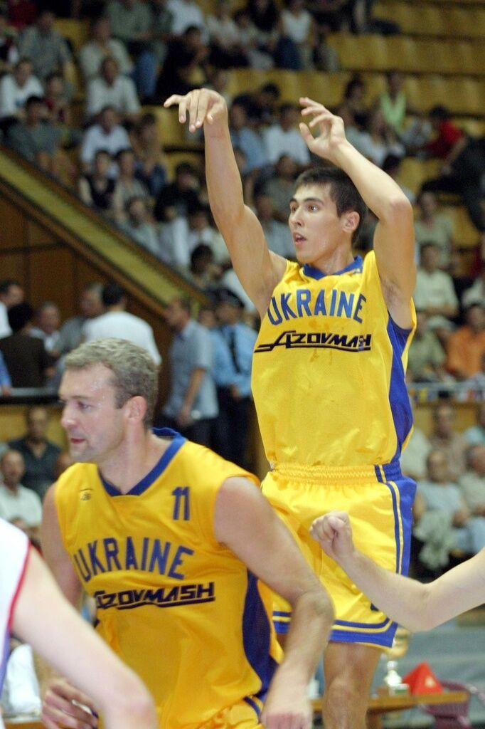 Александр Окунский (№11)