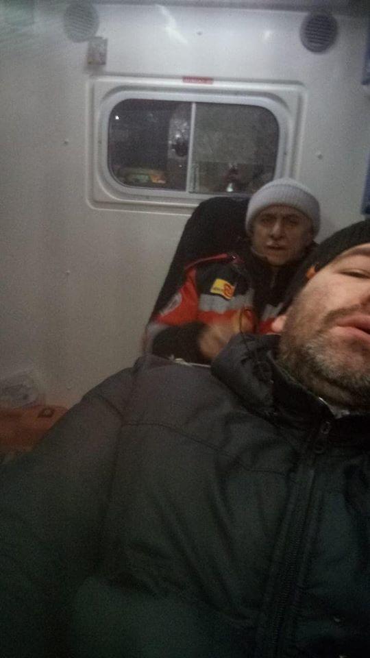 """У Києві піщана мафія """"Мостобуду"""" напала на журналістів"""
