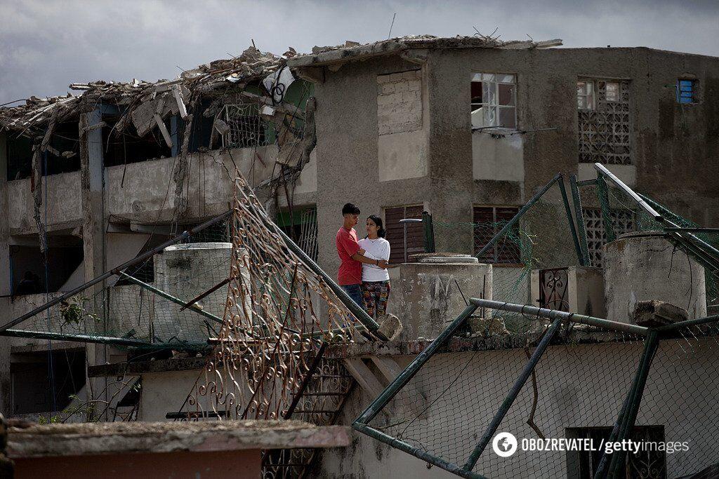"""""""Как в фильмах ужасов"""": смертельный торнадо разрушил столицу Кубы"""