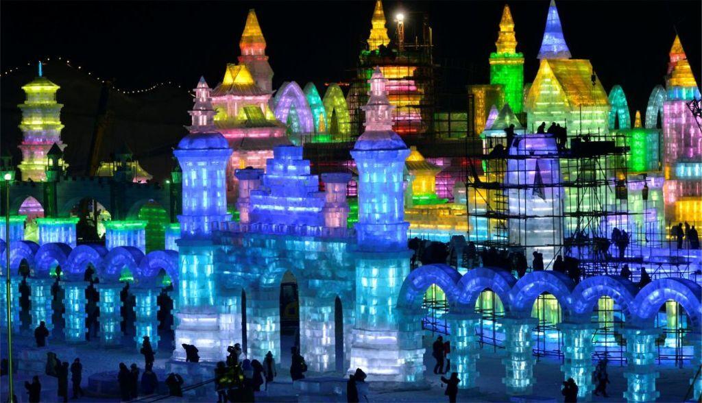 Снег и лед: яркий фестиваль в Китае удивил сеть