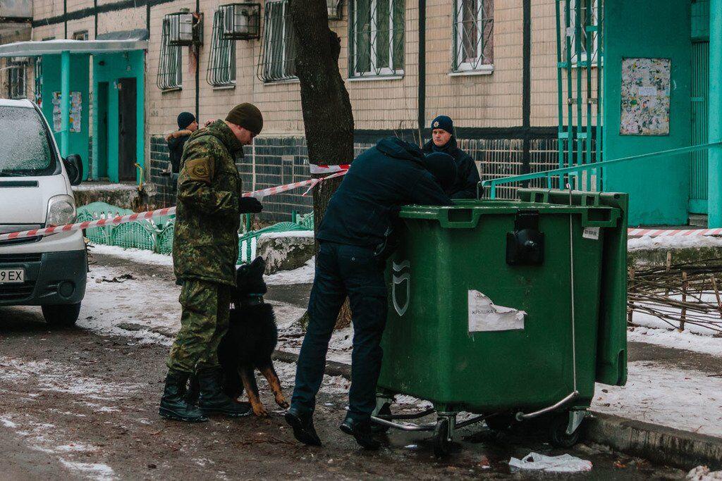 В Днепре в мусорном баке нашли труп девушки