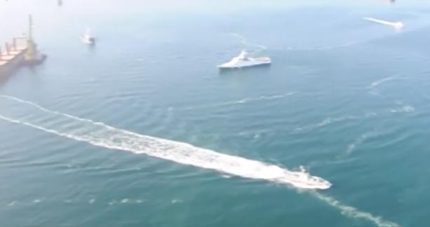 Атака в Керченском проливе: Россия стреляла в украинские корабли из пушки