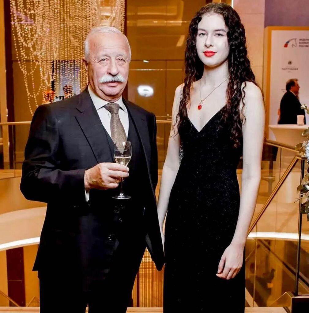 Леонид Якубович и дочь Варвара