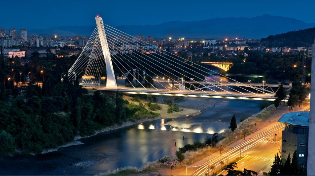 """Міст """"Міленіум"""" у Подгориці"""