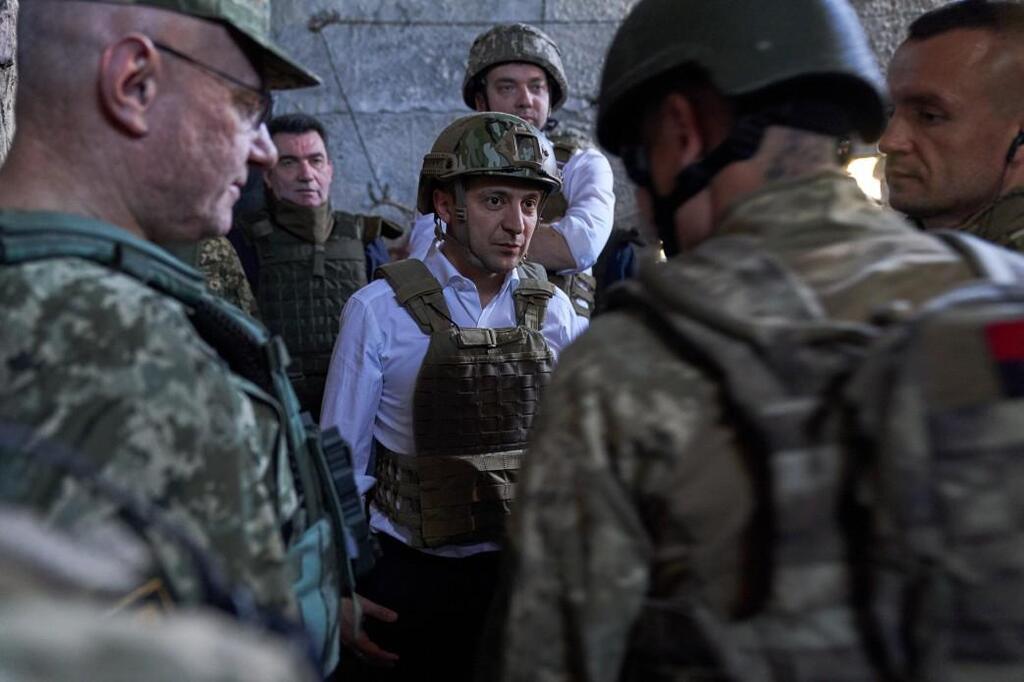 Зеленський відвідав штаб ООС