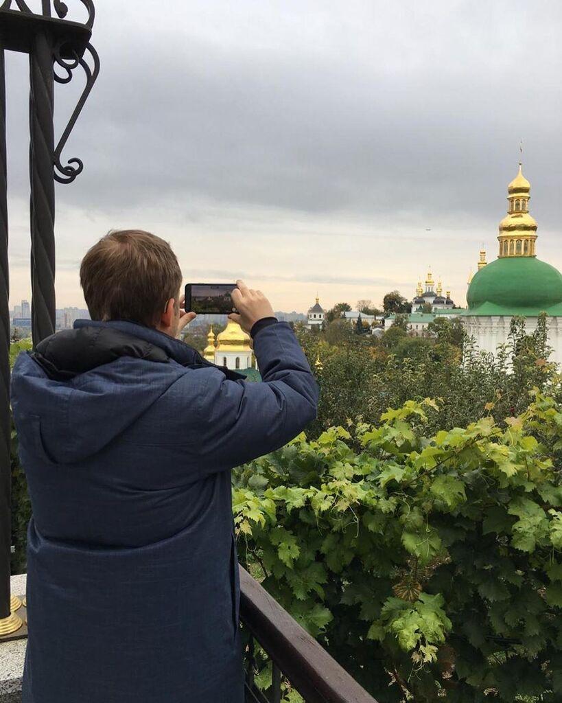 Корчевніков фотографує лавру