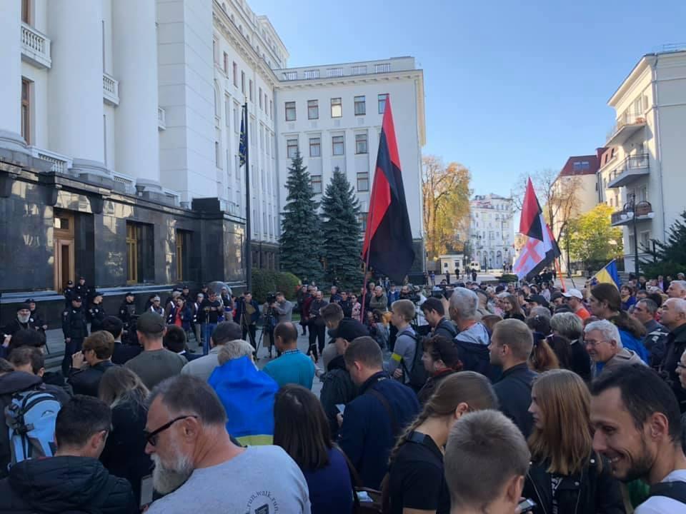 """План """"Б"""" щодо Донбасу: куди веде Україну команда Зеленського"""