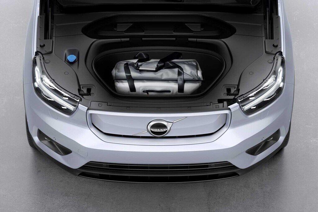 Volvo показала свій перший електромобіль