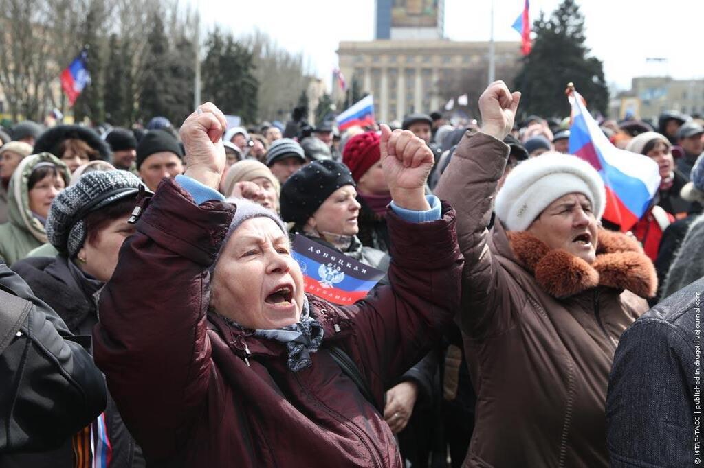 Мухарский предложил отгородить Донбасс стеной