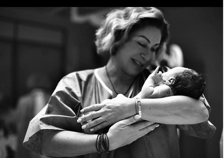Мати Тіматі з дитиною