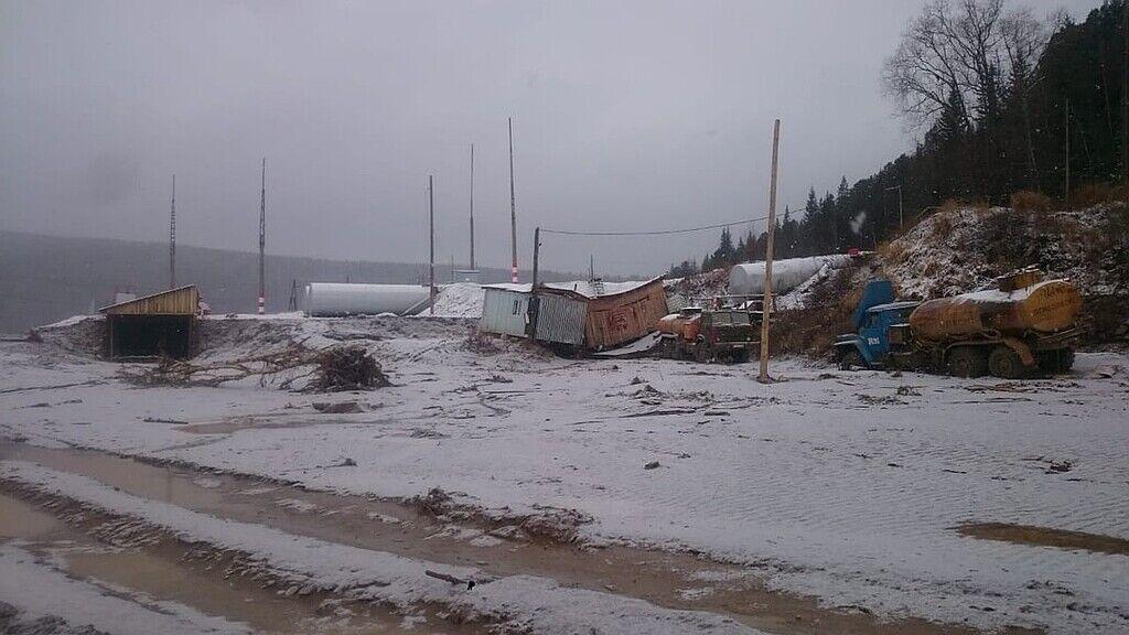 У Росії 19 жовтня на території золотодобувного рудника недалеко від селища Щетинкино Красноярського краю прорвало дамбу на річці Сейба