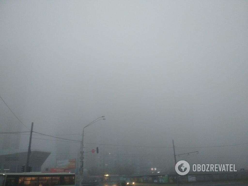 У Києві через туман оголосили перший рівень небезпеки