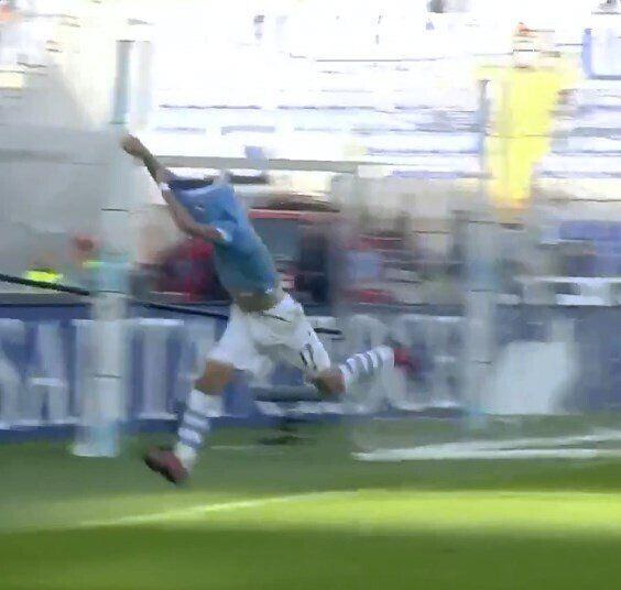 Форвард збірної Італії потрапив у курйозну ситуацію на матчі Серії А