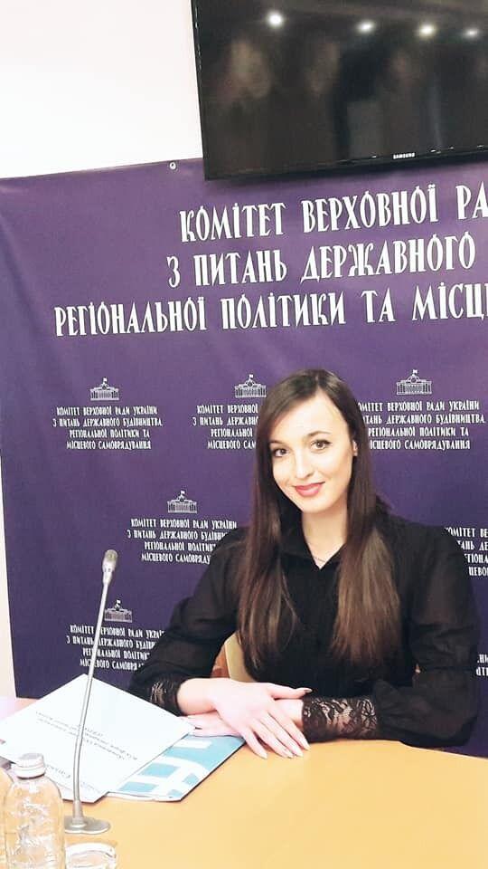 В Запорожье ударили ножом в сердце активистку Анжелику Белову