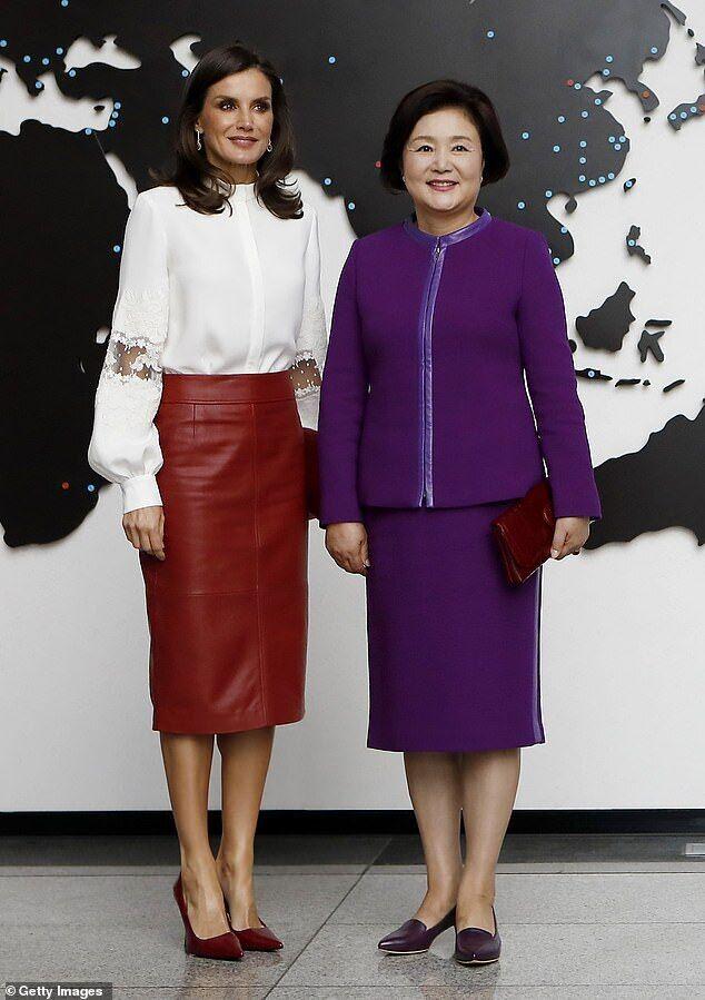 Летиция и первая леди Республики Корея Ким Чен Сук