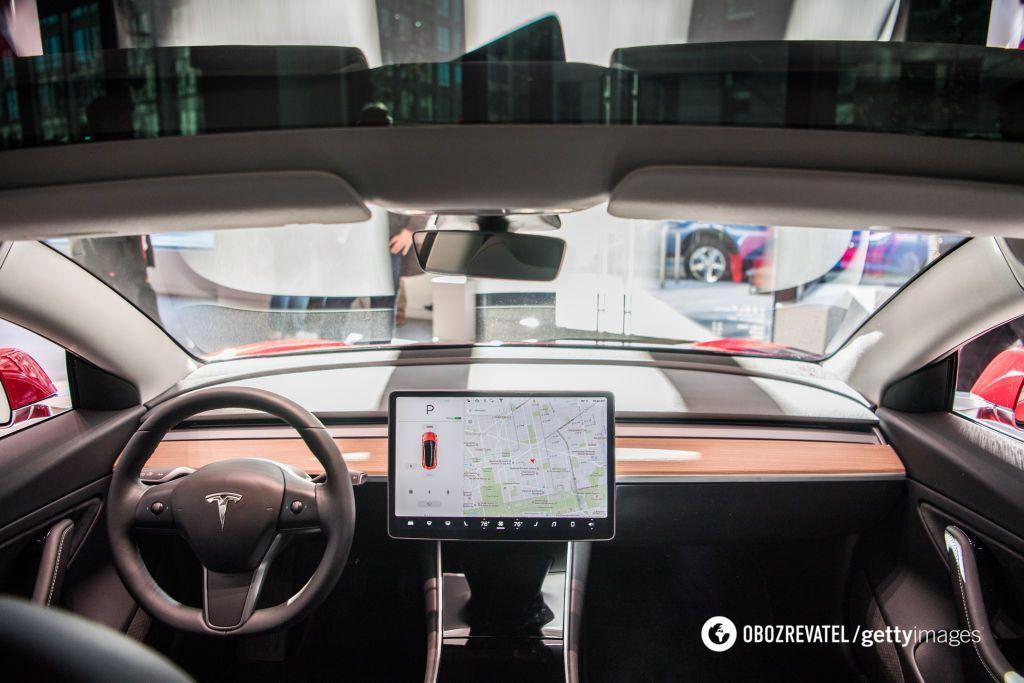 Tesla отримала довгоочікуване оновлення