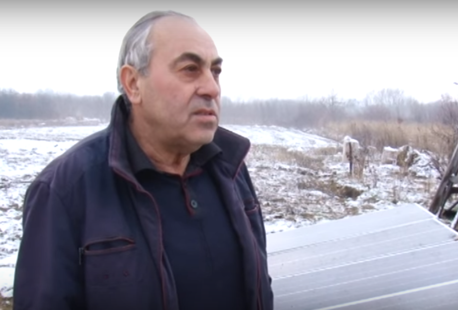 Отец Карена, Роберт Манукян, никуда не собирается уезжать из Украины