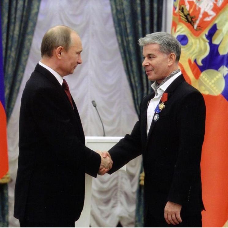 Володимир Путін і Олег Газманов