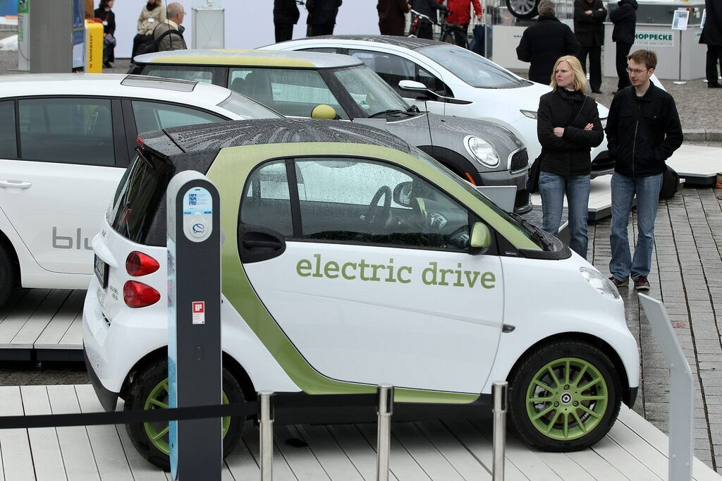 Названо цікаві факти про електрокари