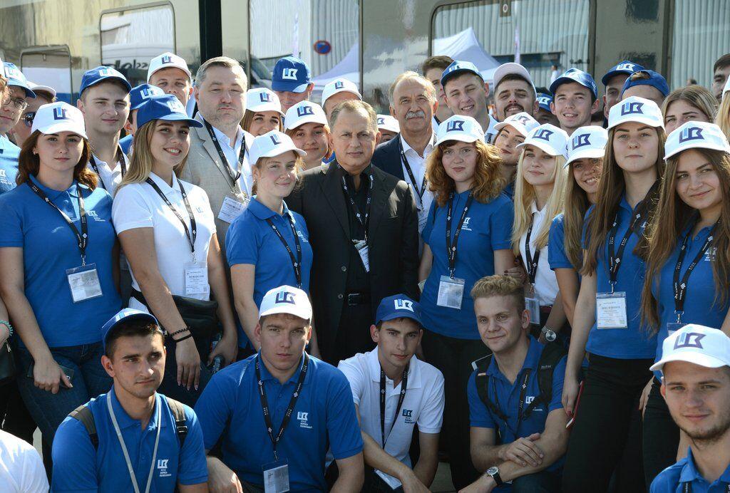 Фонд Колесникова стал лучшей благотворительной организацией 2019 года