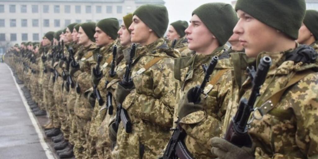 """Скасування призову в армію: у """"Слузі народу"""" розкрили деталі"""