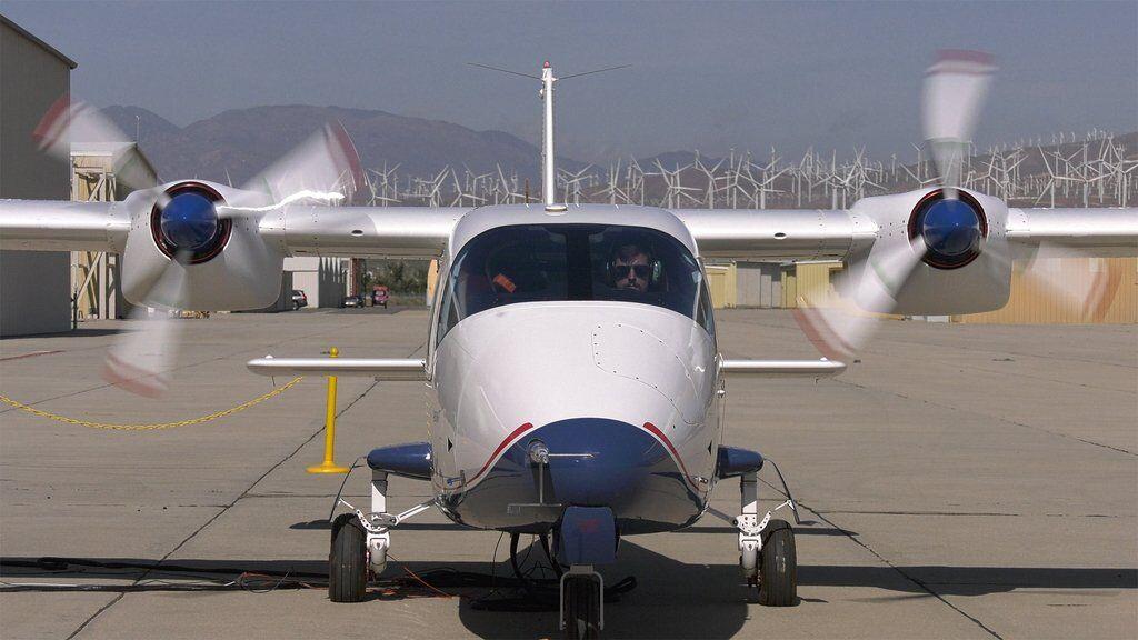 Електричний літак X-57 Maxwell