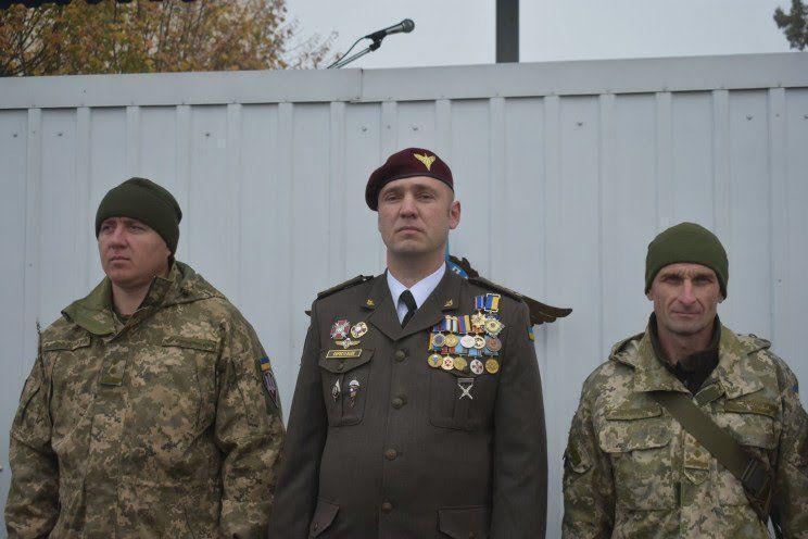 Евгений Коростелев (в центре)