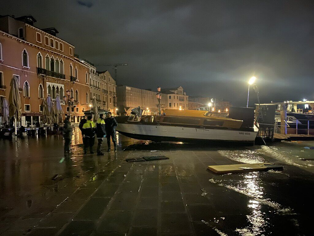 Венеция ушла под воду