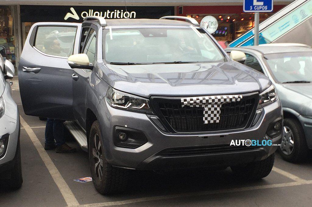Peugeot Pick Up будет оснащаться 180-сильным 2-литровым турбодизелем семейства BlueHDi