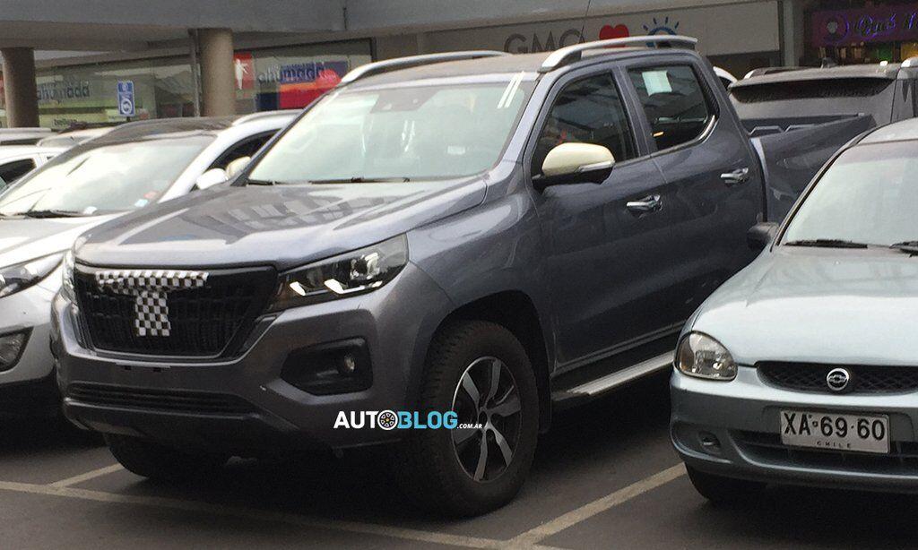 Peugeot Pick Up получит собственной оформление передней части кузова, иные бампера, светотехнику и фирменный декор