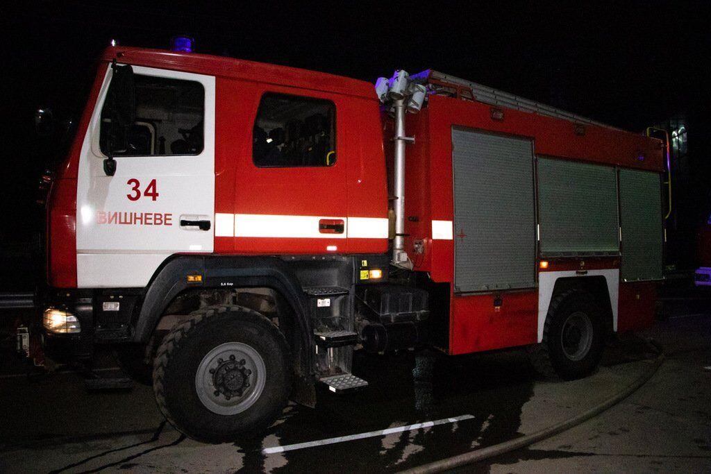 В Киеве в ночь на 14 ноября произошла серия пожаров