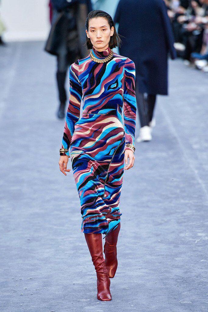 Модні сукні зими 2019-2020: топ-5 актуальних трендів