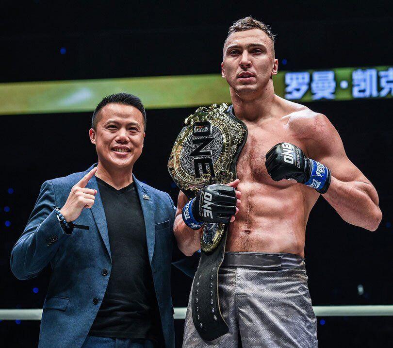 Украинский боец ММА нокаутом стал чемпионом мира