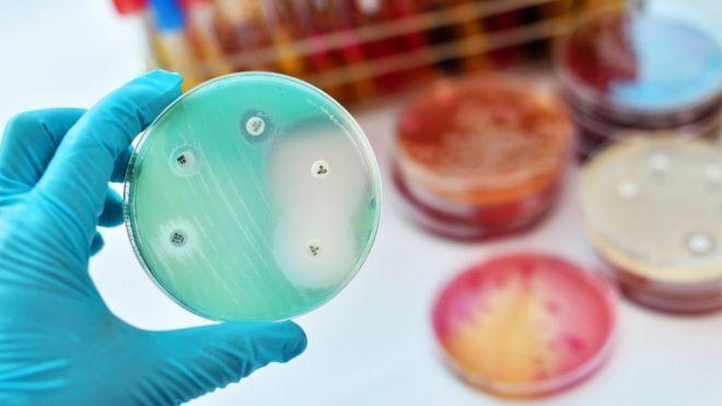 Стійкими інфекціями пацієнти інфікуються кожні 11 секунд