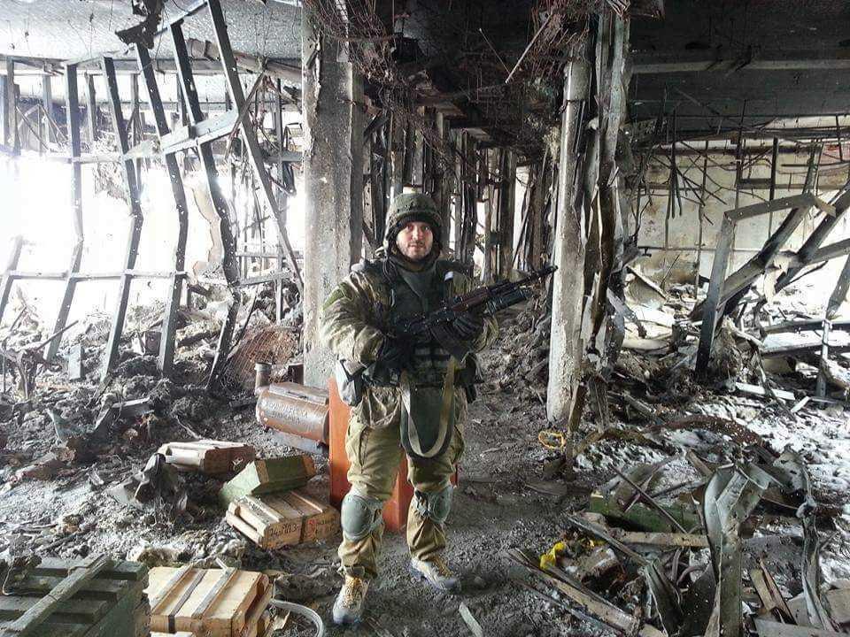 """""""Киборг"""" Олег Гервас в донецком аэропорту. Бойцы 90-го батальона были последними защитниками ДАП."""