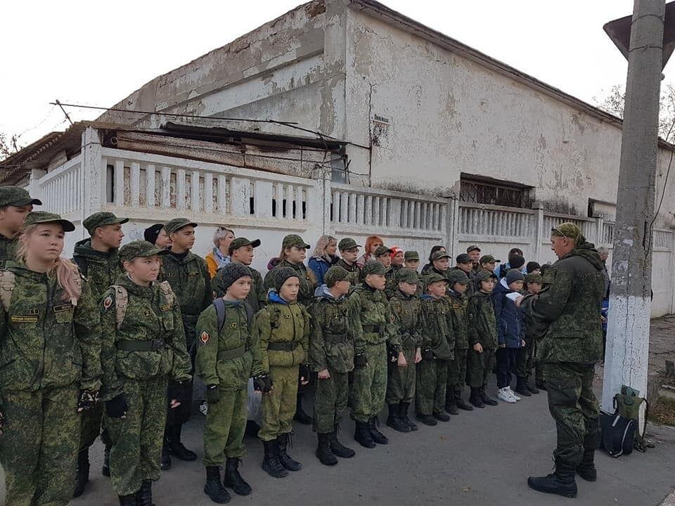 Зомбирование детей оккупантами в Крыму
