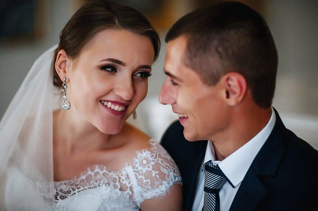 Дмитро одружився восени три роки тому