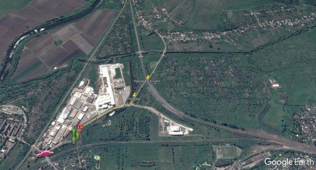 Шлях, який пройшов Рогелон, зустріч з бойовиками та виїзд до Слов'янська червоною машиною, яку обстріляли