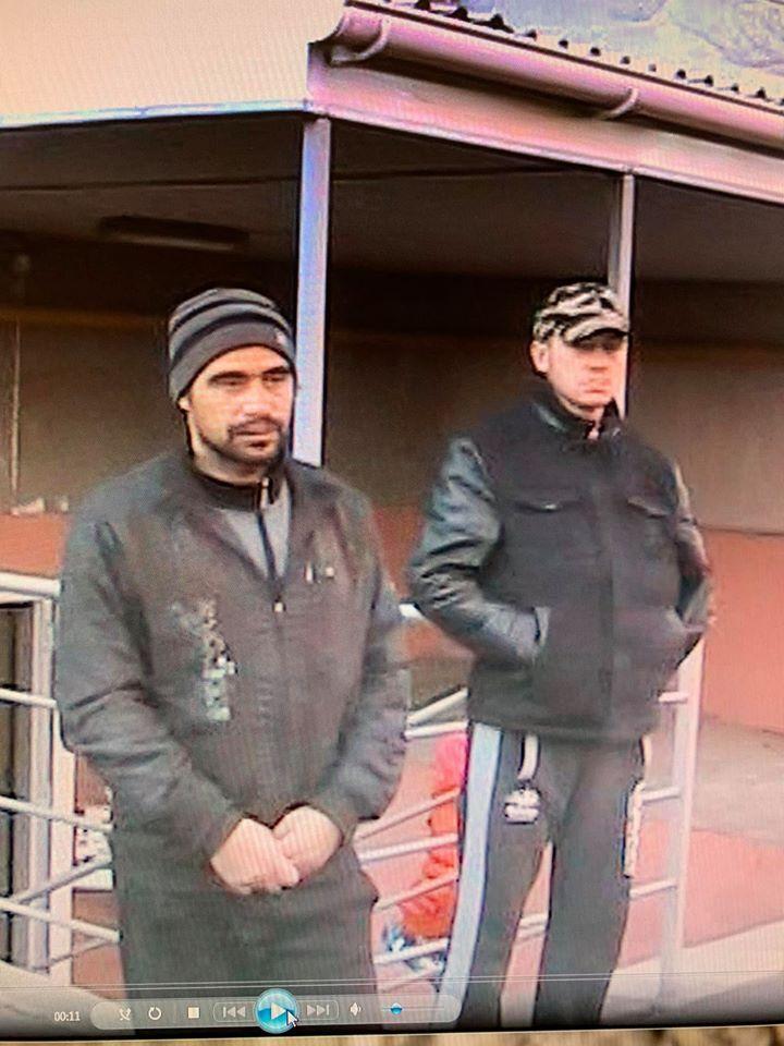 Слева – Виталий Грошев, подозреваемый в убийстве