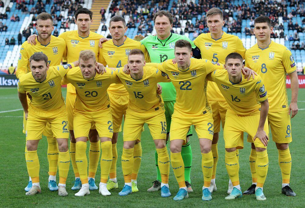 Збірна України в останньому матчі кваліфікації, проти Сербії (2:2)