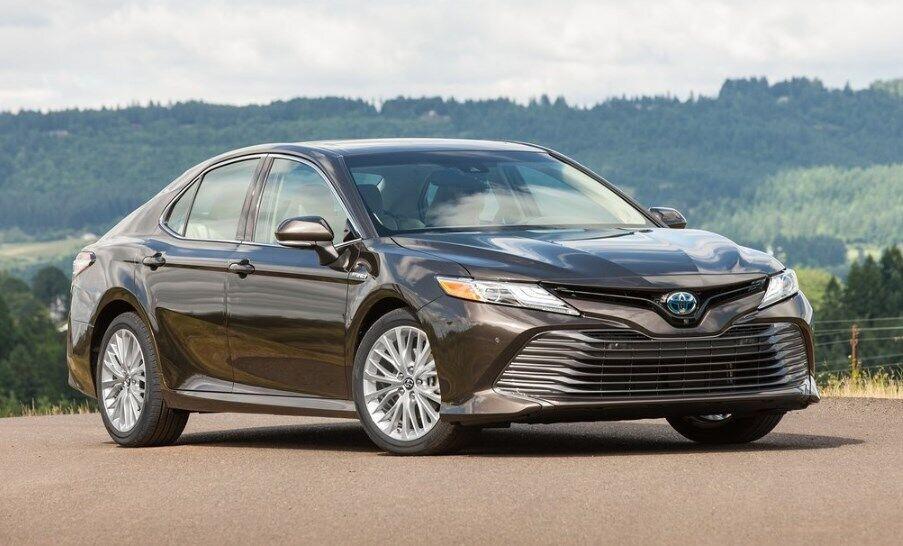 Toyota Camry – главный соперник Hyundai Grandeur 2020