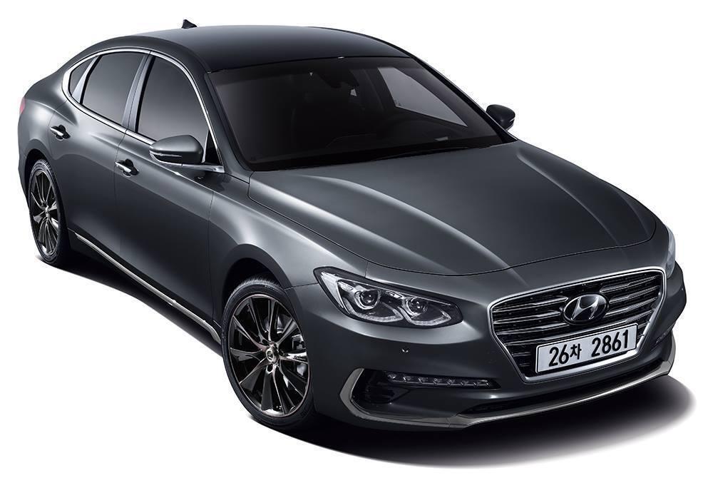 До обновления Hyundai Grandeur выглядел более традиционно