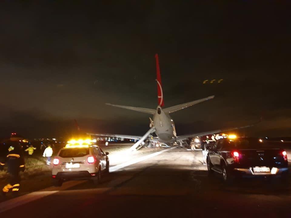 В Одессе аварийно приземлился самолет из Стамбула