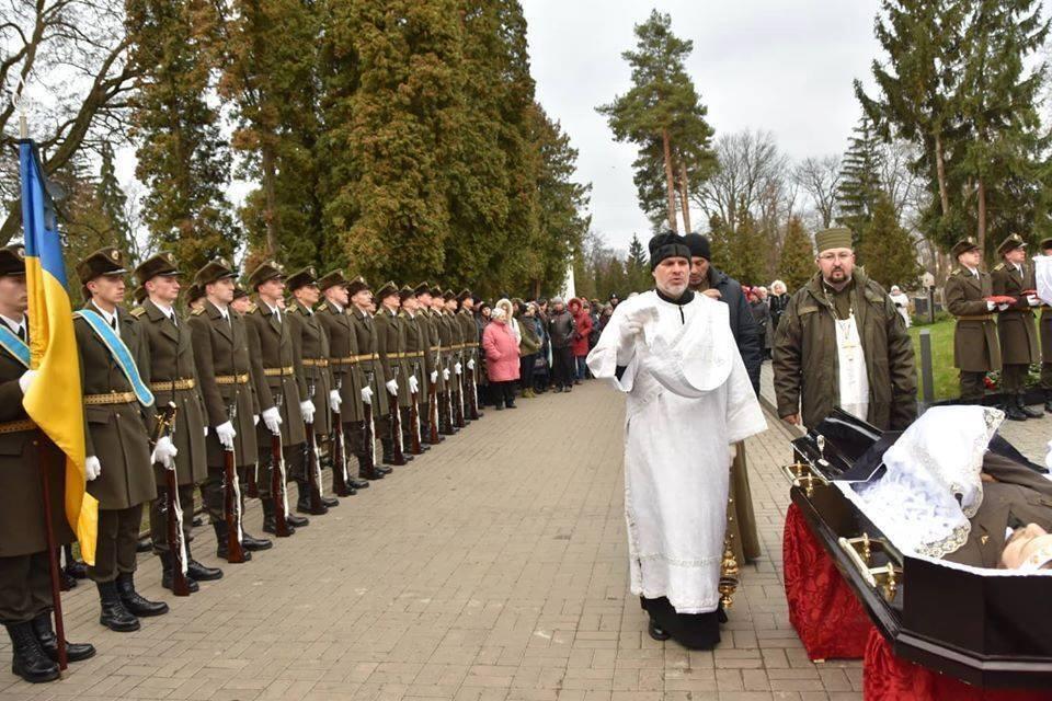 Привет россиянам от Понтия Пилата. Фронтовые заметки капеллана