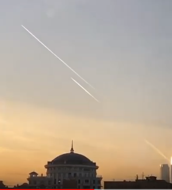 """Галкін показав """"НЛО"""" над """"Москва-Сіті"""""""